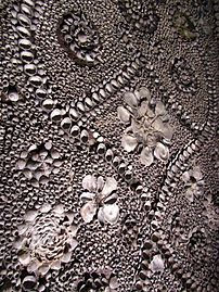 Shell Grotto, Margate, Kent 3 - 2011.09.17.jpg