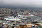 Ships in Genoa Harbour 01.jpg