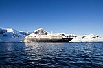 Silversea Silver Cloud Paradise Bay Antarctica 2 (46613521284).jpg