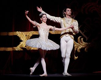 The Sleeping Beauty (ballet) - Alexandra Ansanelli as Princess Aurora and David Makhateli as Prince Florimund in a Royal Ballet production of Sleeping Beauty, 29 April 2008.