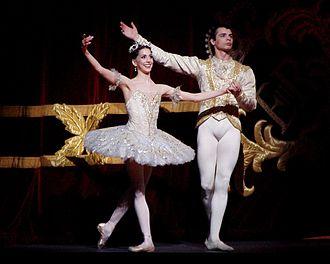 The Sleeping Beauty (ballet) - Alexandra Ansanelli as Princess Aurora and David Makhateli as Prince Florimund in a Royal Ballet production of Sleeping Beauty, 29 April 2008.