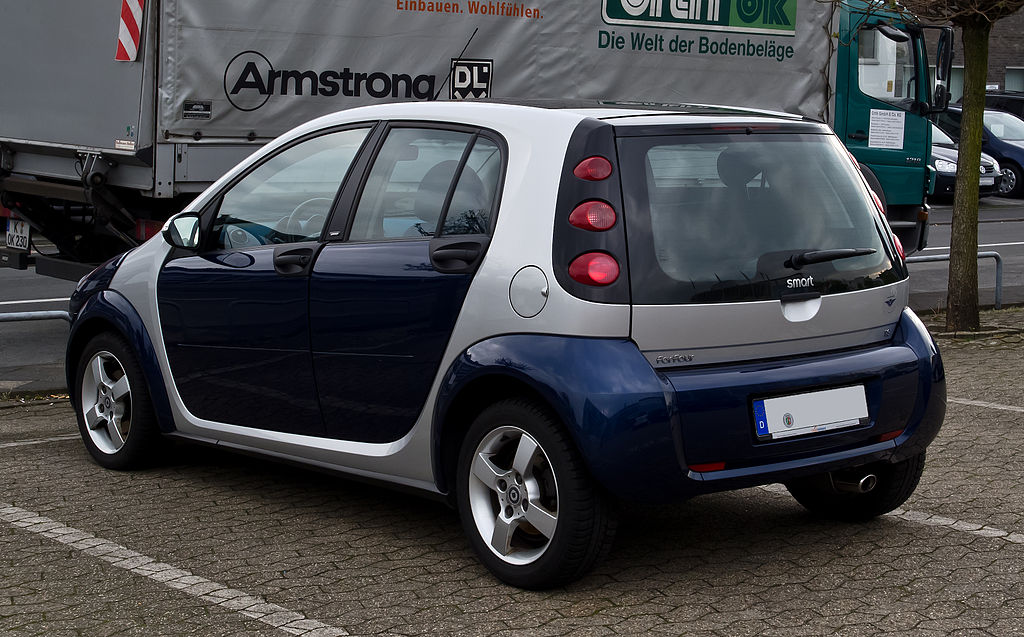 file smart forfour 1 3 passion w 454 heckansicht 1 mai 2012 wikimedia commons. Black Bedroom Furniture Sets. Home Design Ideas