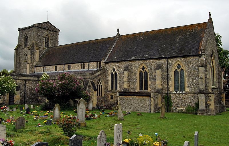 File:St Andrew's Church, Chinnor, Oxfordshire 2.jpg