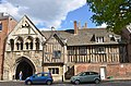 St Mary gate Gloucester.jpg