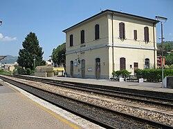 Rufina railway station