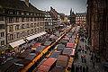 Strasbourg marché de Noël place de la cathédrale jour décembre 2014.jpg