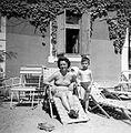Sunbathe, deck chair, outdoor chair, lady, bathing suit, kid, yard, model car Fortepan 22527.jpg
