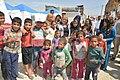 Susana Malcorra visita campo de refugiados sirios donde trabaja Cascos Blancos 02.jpg