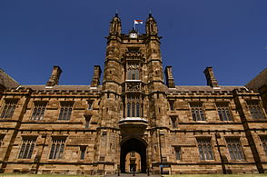 Sydney University Quadrangle (4185982393).jpg