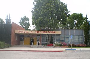 William Howard Taft Charter High School - Image: Taft High School Woodland Hills