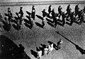 Talonpoikaismarssi 1930 Kansallismuseon kohdalla - N203934 - hkm.HKMS000005-km003u6e.jpg