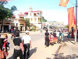 Commune-level town (Vietnam) - Mộc Châu town in SơnLaProvince.