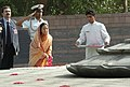 The President of India, Smt. Pratibha Patil paying floral tributes at Vir Bhoomi the Samadhi of Late Prime Minister Rajiv Gandhi, in Delhi on July 26, 2007.jpg