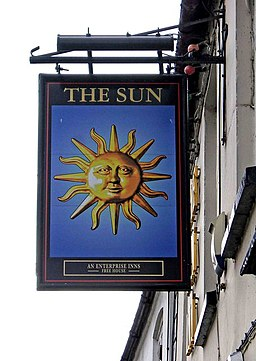 The Sun Inn pub sign, 14 North Street - geograph.org.uk - 1408765