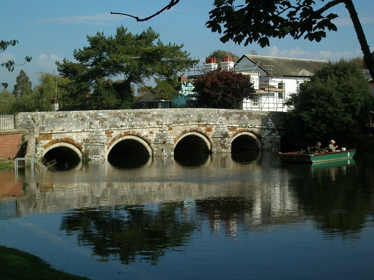 The Town Bridge Christchurch Dorset.JPG