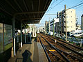 Toden-arakawa-line-Arakawa-shakomae-station-1.jpg