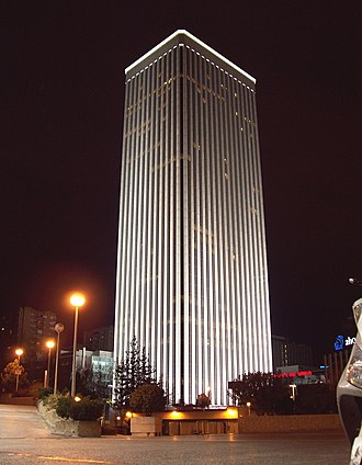 Torre Picasso - Night view