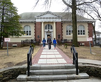 Tottenville, Staten Island - New York Public Library, Tottenville branch