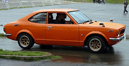Toyota Sprinter Trueno TE27 orange.jpg