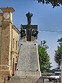 Tricarico, monumento con lapide riportante i nomi dei caduti.jpg