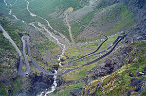 Trollstigen Norway 2004.jpg