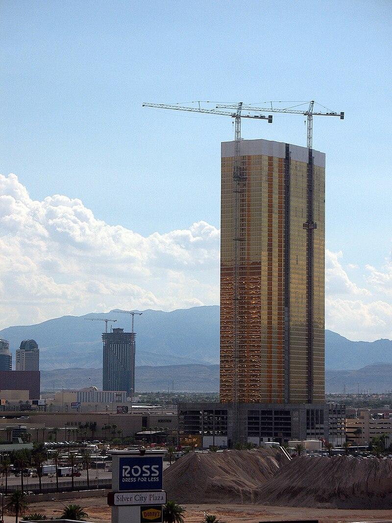 Trump Tower Las Vegas - August 2007.jpg