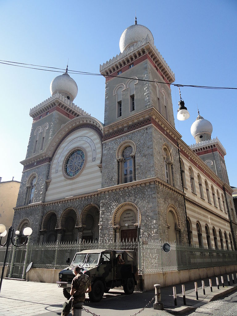 Synagogue de Turin dans le quartier San Salvario. Photo de FLLL