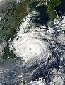 Typhoon Sinlaku 07 sept 2002 0510.jpg