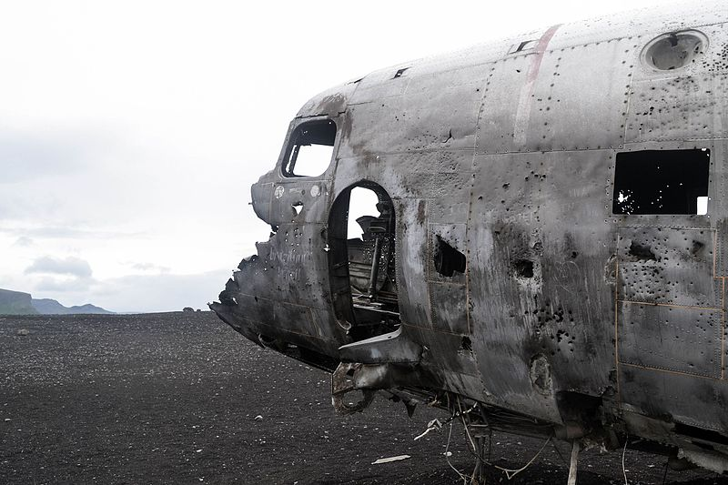 File:U.S. Navy Douglas Super DC-3.jpg