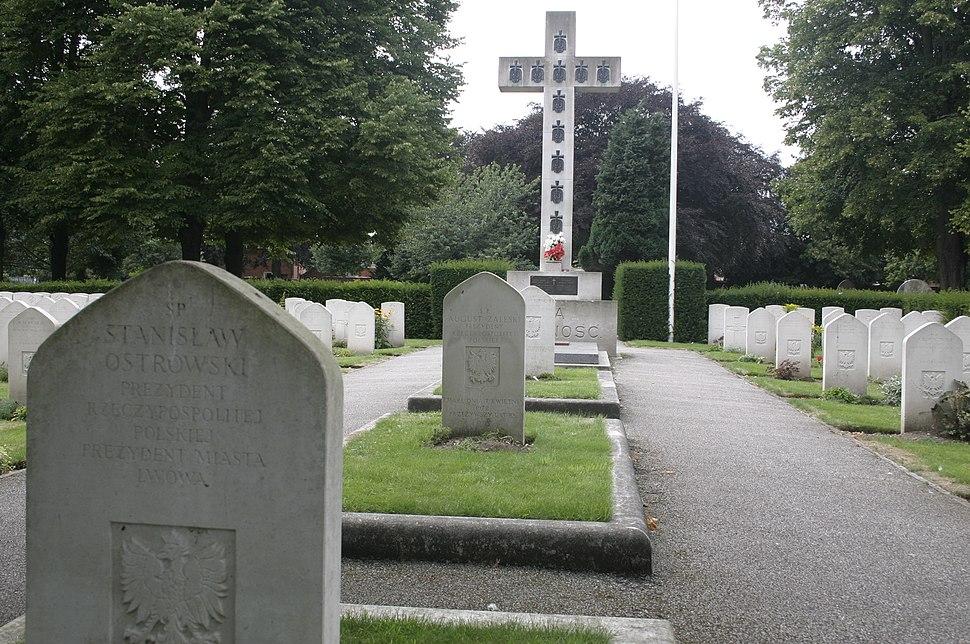 UK Newark on Trent cemetery polish Presidents