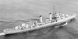 USS Thorn (DD-647) underway c1943.jpg