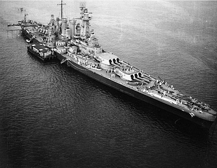 Washington off New York in August 1942, en route to the Pacific USS Washington (BB-56) off New York City, August 1942.jpg