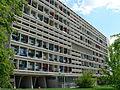 Unité d'Habitation Typ Berlin & Corbusier-Haus, Ostfassade.jpg