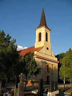 Vágkirályfa templom2.JPG
