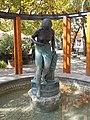 Vízbelépő női félakt szobor, Platán tér, 2018 Balatonboglár.jpg