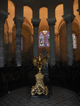 Valence Cathedral - Image: Valence St Apollinaire Abside