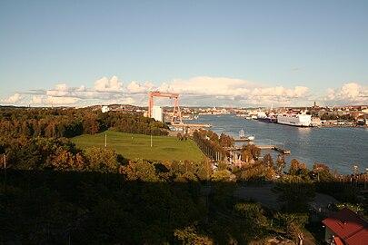 View of Göteborg from Älvsborgsbron 2009-10-02 b.jpg