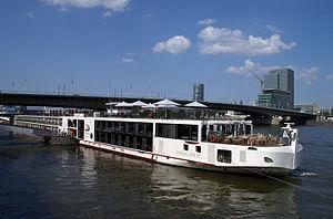 Viking Idun (ship, 2012) 001.jpg