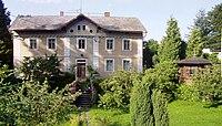 Villa Fialka, Husa.jpg