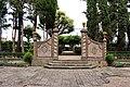 Villa di cerreto, giardini 02.JPG