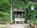 Villa san michele, giardino est 07.JPG