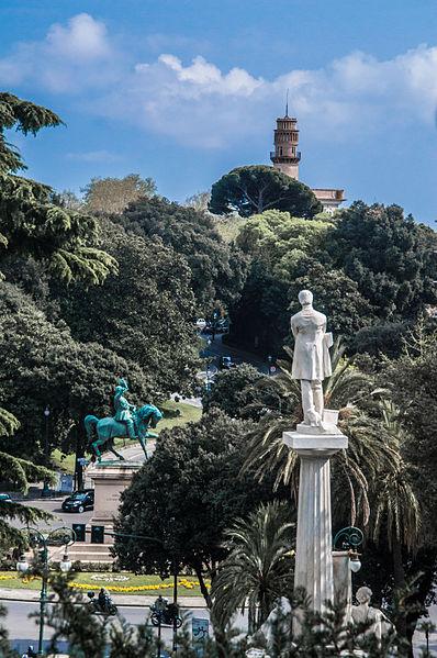File:Vista su piazza Corvetto da Villetta di Negro.jpg