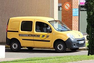 La Poste (France) - La Poste electric Renault Kangoo.
