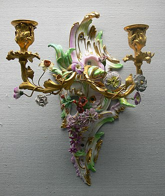 Sconce (light fixture) - Porcelain and ormolu sconce for candles, Royal Porcelain Factory, Berlin, 1770