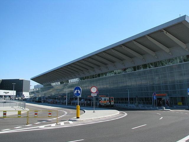 Международный аэропорт Шопена в Варшаве в этом году обслужил на 15% больше пассажиров