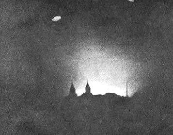 Warsaw Uprising - Parachutes over Warsaw