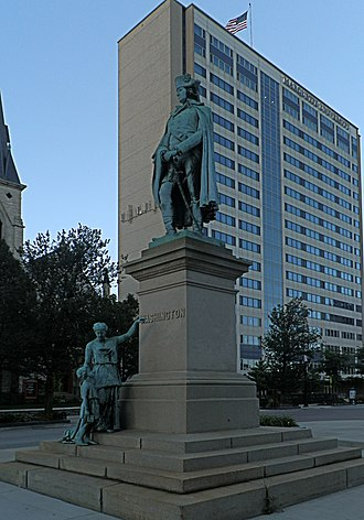 Richard Henry Park - Washington Monument   Milwaukee's Court of Honor