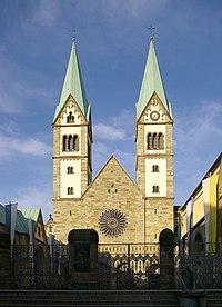 Werl Basilika Westportal IMGP7135.jpg