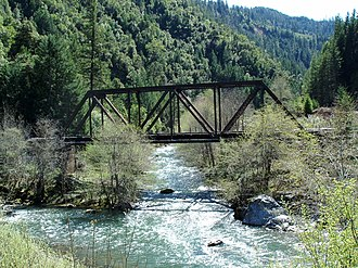 Southern Oregon Coast Range - Image: West Fork Bridge over Cow Creek (Oregon)
