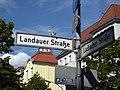 Wilmersdorf Landauer Straße Korkmännchen.jpg